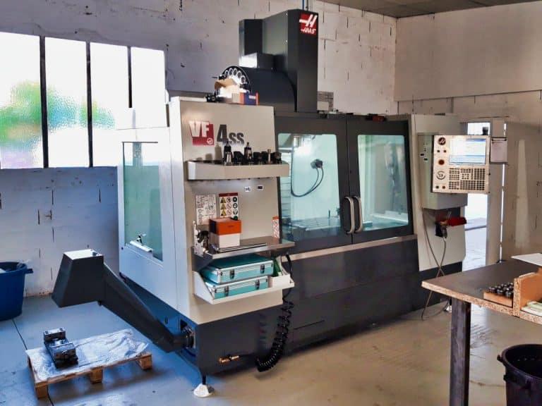 Machine de fraisage CNC HAAS VF4SS chez LC Technologies à Carquefou (44)